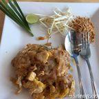 スポンジ・カフェ・アンド・ビストロはパッタイが美味しいカフェ  in ナコーンサワン県