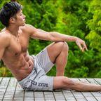 どこまで脱いでるんだろ~!自慢の体を見せてくれる筋肉男たち(3)