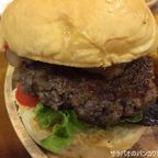 アノーズ・バーガーズで乾燥熟成肉から作ったバーガーを食す in ナラーティワート