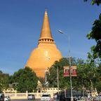 ワット・プラパトムチェーディーは世界一高い仏塔がある寺院 in ナコーンパトム県