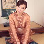 HITOMI 透ける浴衣で極上の大人のおもてなしする絶倫女将。