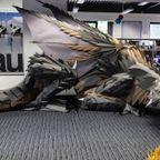 原寸大の?ドラゴンのペーパークラフトが凄い!!