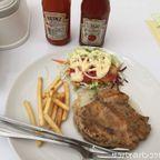 入国管理局にあるThe Tasteでステーキを食す in チェーンワタナ