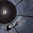 【画像】スペースシャトルの燃料タンクの製造風景の迫力が凄い!!