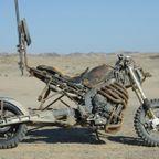 【画像】映画マッドマックスに出ていたバイクが凄い事になっている!