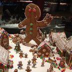 【画像】お菓子でできた家やジオラマが凄い!!