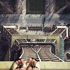 【閲覧注意】高くて怖すぎる!!高所での怖すぎる記念写真の数々!!