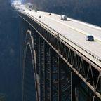一度は通ってみたい美しい橋の画像の数々!!