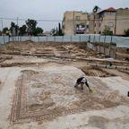 イスラエルで発掘された1700年前の信じられない遺跡!!