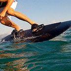 波いらず!最高時速46kmの自走式サーフボードが凄い!!