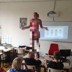 小学校の女の先生が自分の体を使って生物の授業をしている!