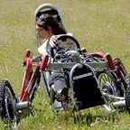 走破性最強!?完全に四輪が独立したカートのような四輪車が凄い!!