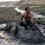 【画像】底なし沼に入った像の救出風景が感動的!!