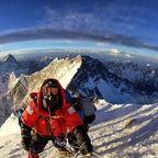 【画像】標高8850m!エベレストの幻想的な風景!!