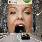 一度見たら忘れられない面白い広告の画像の数々!!