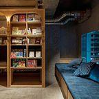 本屋と宿泊施設が合体したホテル「BOOK AND BED」が魅力的!!