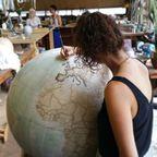 もはや芸術!手作りの地球儀「アトモスフェア」の製作風景が凄い!!