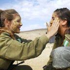 可愛いけどたくましい!イスラエルの女性兵士の画像の数々!!