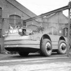 【画像】ずっと昔に作られた南極探索用の自動車がなんだか凄い!