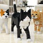 【画像】レゴで作った!躍動感抜群のネコの置物がかわいい!!