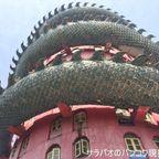 ワット・サームプラーンは巨大な龍がいる寺院 in ナコーンパトム県