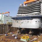 造船!全長300mの豪華客船ができるまでを定点カメラで観測!!
