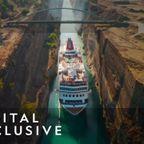 超狭い運河を巨大な船が通過するようすが凄い!!