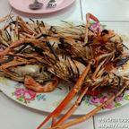 ニタヤー・クンペンは新鮮な海鮮料理を格安で食べれる海鮮料理店 in アユタヤ・川海老市場