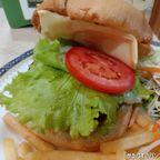 トゥーク・レ・ディーは安くて美味しいファミレスのような飲食店 in ナナ