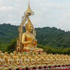 万仏節記念公園にある1,250体の仏像は圧巻! in ナコーンナーヨック県