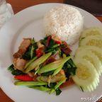 バーン・クラティンは自然豊かなリゾート内にあるタイ料理店 in プーケット