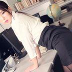 高島かな オフィスで上司の言いなりになってしまう新入社員。