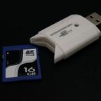 ダイソーでアクセスランプ付きSDカードリーダーを買ってみた!
