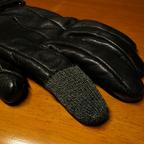 厚手の手袋でもスマホが使えるようになるスギタのYUBISAKIがすごい便利!