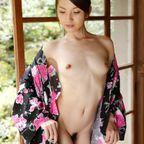葉山瞳 - 綺麗なお姉さん。~AV女優のグラビア写真集~