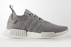 8月18日発売 NMD_R1 W PK GREY BY8762