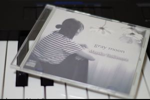 1st Single CD「gray moon」頒布のお知らせ◎
