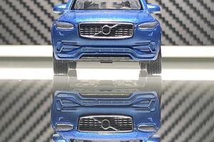 WELLY   VOLVO  XC  90  。